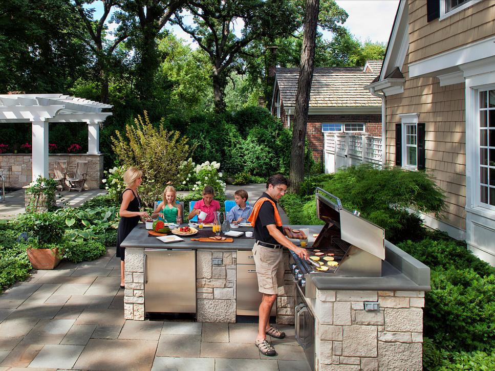Top 7 Gợi ý tuyệt vời trang trí sân vườn mùa hè thêm nổi bật